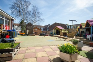 sandcastles-playgroup-outside-play-area